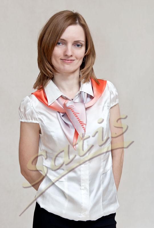 7c2a7e2f17c0 Платки с логотипом компании в фирменном корпоративном стиле из ...